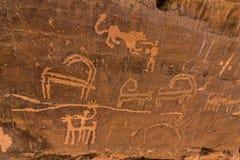 Neolithische rotstekeningen op de Koningin Victoria Rock dichtbij Riyadh royalty-vrije stock foto's