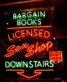 Neon del negozio del sesso Fotografia Stock Libera da Diritti