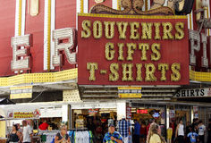 Neon gifts and souvenirs sign Royalty Free Stock Images