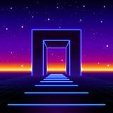 Neon 80s redete enormes Tor in der Retro- Spiellandschaft mit glänzender Straße zur Zukunft an Lizenzfreie Stockfotografie
