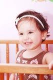Neonata adorabile in scuola materna immagine stock