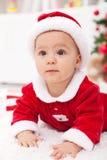 Neonata in attrezzatura di natale fotografie stock libere da diritti