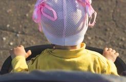 Neonata in carrello Fotografia Stock