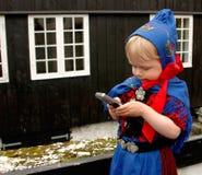 Neonata con il telefono mobile Immagine Stock Libera da Diritti