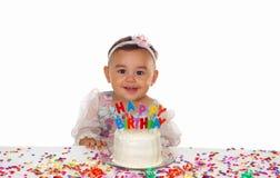 Neonata e torta di compleanno sveglie Fotografia Stock Libera da Diritti