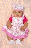 Neonata ispanica nel colore rosa 3 mesi Fotografia Stock Libera da Diritti