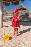 Neonata su una spiaggia Fotografia Stock