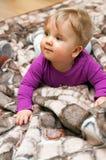 Neonata sulla coperta Fotografia Stock