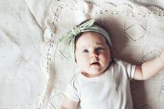 Neonata sveglia Immagini Stock