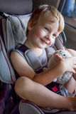 Neonato adorabile nella sede di automobile di sicurezza Fotografia Stock