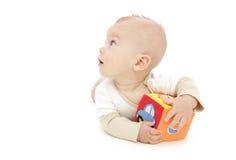 Neonato che gioca con il blocco Fotografia Stock Libera da Diritti