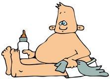 Neonato che si siede con una bottiglia Immagini Stock