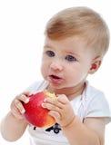 Neonato con la mela immagini stock libere da diritti