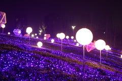 Neonlichter mit verschiedenen Formen Lizenzfreie Stockfotografie