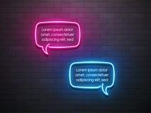 Neonowego światła mowy bąbla promocyjny sztandar, metka, rabat Zdjęcia Royalty Free