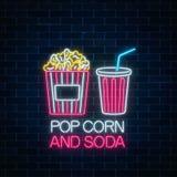 Neonowy rozjarzony znak wystrzał soda na ciemnym ściana z cegieł tle i kukurudza Kinowy fastfood światła billboardu symbol ilustracji