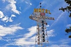 Neonteken van het Downtowner-Motel royalty-vrije stock fotografie