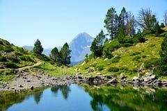 Neouvielle全国自然保护,Lac de Bastan,法国比利牛斯 免版税库存照片