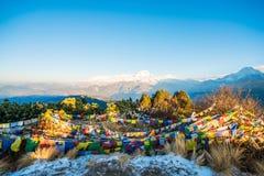 Nepal - 26. Dezember 2016:: Poon Hill-Standpunkt für sehen Schnee MO Stockbild