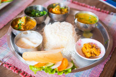 Nepal - 23 2016 Grudzień: Dal Bhat przepisu lokalny jedzenie Nepal Zdjęcia Stock