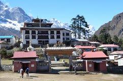 Nepal, Himalayagebergte, Boeddhistisch klooster in het dorp van Tenboche royalty-vrije stock foto's