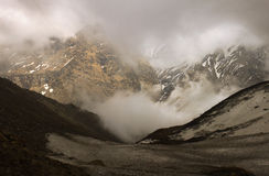 Nepal himalayasna, Annapurna område - resa landskappanorama Royaltyfri Fotografi