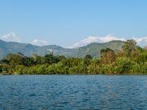 Nepal - lago Phewa, Pokhara fotografía de archivo