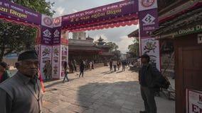 NEPAL, LISTOPAD - 11, 2018: Hypelapse Kathmandu ulicy zbiory wideo