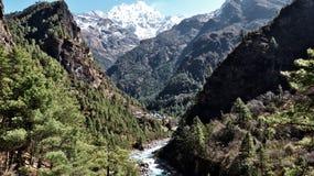 Nepal, passeio na montanha de Everest ao basecamp imagem de stock royalty free
