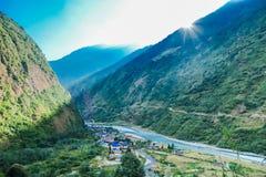 Nepal, Tal widzieć z góry -, Annapurna obwodu wędrówka obrazy royalty free