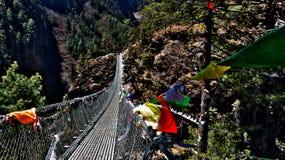 Nepal, Weise zu Everest, Brücke lizenzfreie stockbilder