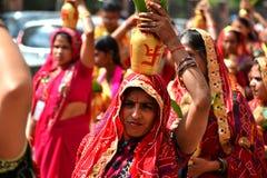 Nepalese mensen die het Dasain-festival in Katmandu, Ne vieren royalty-vrije stock fotografie