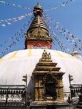 nepalese stupa arkivfoton