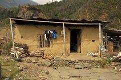 Nepalesisches Dorf, traditionelle Häuser stockbilder