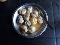 Nepalesisk favorit- mat allra som kallas Mo Mo fotografering för bildbyråer