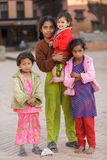 Nepalesisk liten flickagrupp Royaltyfria Foton