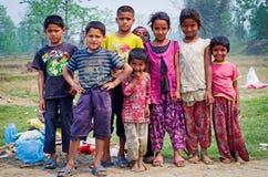 Nepalesiska barn i Chitvan, Nepal Royaltyfri Bild