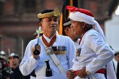 Nepalifolk som firar den Dashain festivalen Fotografering för Bildbyråer