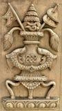 Nepalihanden sned den wood panelen med traditionell design Royaltyfria Bilder