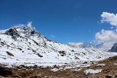 Nepalscy himalaje blisko Lobuche Zdjęcie Stock