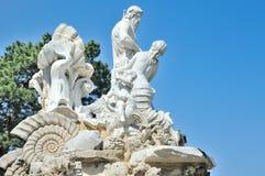 Neptun喷泉Schoenbruen公园 免版税库存图片