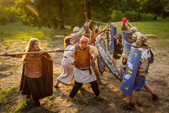 NEPTUN,罗马尼亚- 2015年7月28日-古老节日-再制定 图库摄影