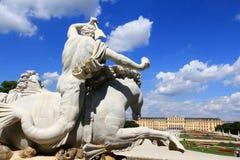 Neptun-Brunnen an Palast Schloss Schoenbrunn Lizenzfreies Stockbild