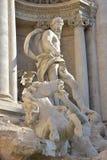 Neptun huvudsaklig staty av Trevi-springbrunnen i Rome, vid den Nicola Salvi arkitekten Arkivbilder