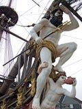 Neptun staty på ett piratkopieraskepp Arkivbild