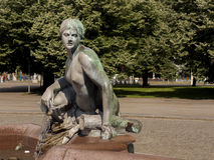 Neptunbrunnen (fontana di Nettuno) a Berlino Fotografia Stock Libera da Diritti