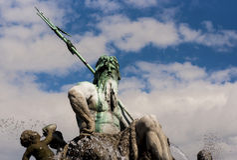 Neptunbrunnen (fontana di Nettuno) a Berlino Fotografia Stock
