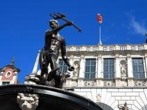 Neptunspringbrunn och Artus Court i Gdansk Polen Arkivbilder