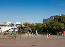 Neptunspringbrunnen i Berlin arkivbild
