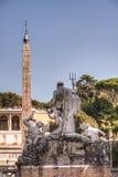 Neptunstaty på Piazza del Popolo, Rome, Italien Royaltyfri Bild